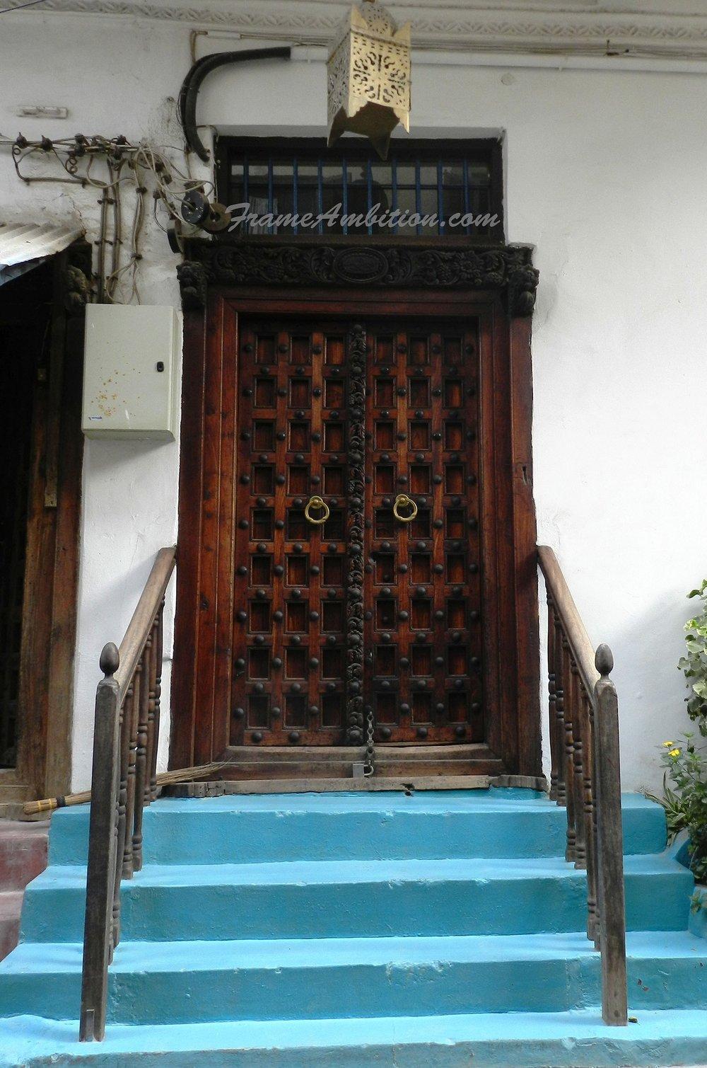 zanzibar_door_blue_steps.jpg