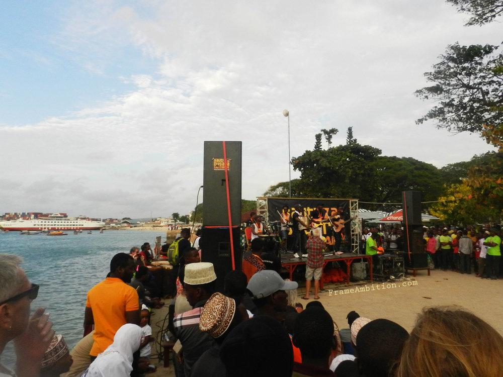 beach_live_music