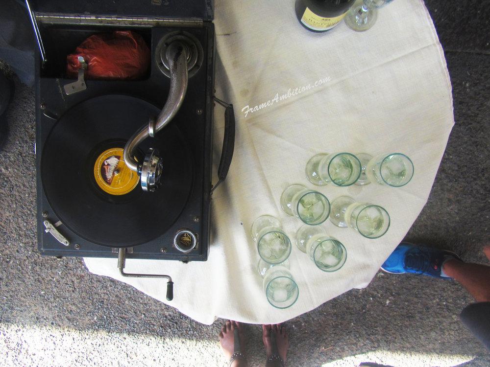 gramophone-vintage-records