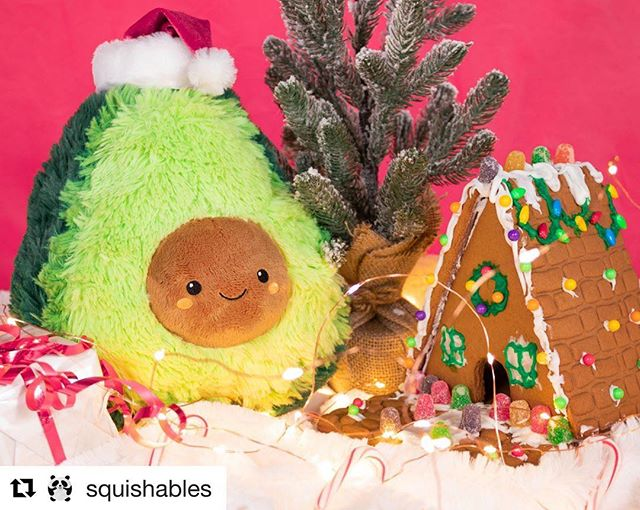 🥑🎄🥑🎄🥑 . . .  #Repost @squishables with @get_repost