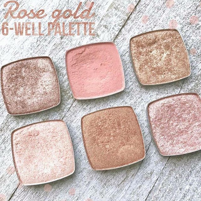 Are these not the most beautiful colors?! One of my favorite things about LimeLife makeup is that you can create your own palettes and can refill only one thing if needed!  Let me know if I can help you create a beautiful palette like this one or one that fits your needs!  #usewhattheprosuse  #promakeup #rosegoldmakeup #rosegoldeyes #canadabeauty #ukbeauty #limelifebyalcone #eyeshadow #makeup #professionalmakeup #mua