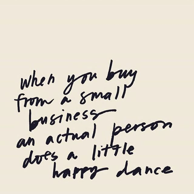 Happy #smallbizsaturday! Hope you help a small business out today- the holidays are such a huge time for all your friends and family who own them! Would love to help you shop for all your lists! #shopsmall #smallbiz #limelifebyalcone #independentbeautyguide #smallbusinesssaturday