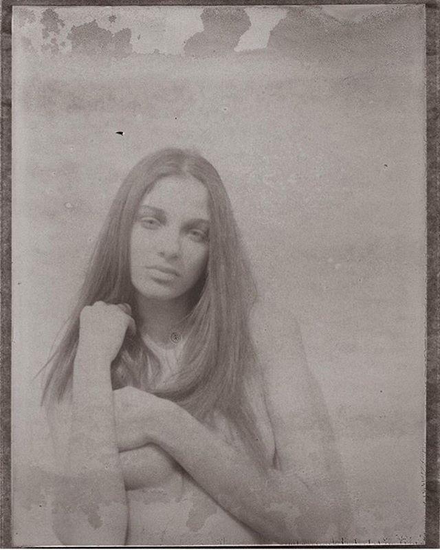 YOUR SILENT FACE #rrrdiaz #polavoid #positivenegative #hylasmag #Fujifilm #fp3000b #prymeeditions #analogmagazine #repost