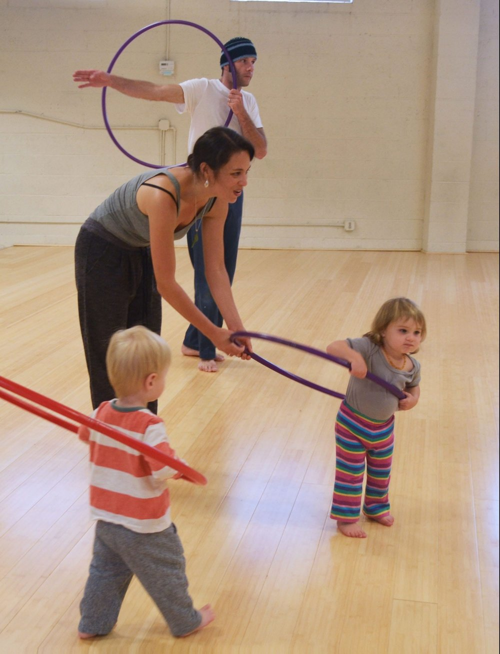 Mom-dad-hula-hoop-e1486021239962.jpg