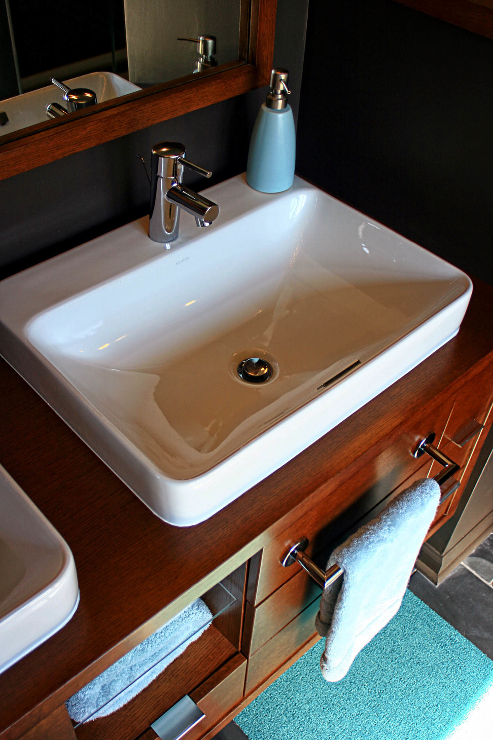 9 masterbath view of vanity sink.jpg
