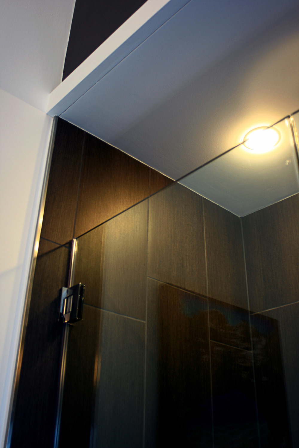 11 masterbath view of shower.jpg