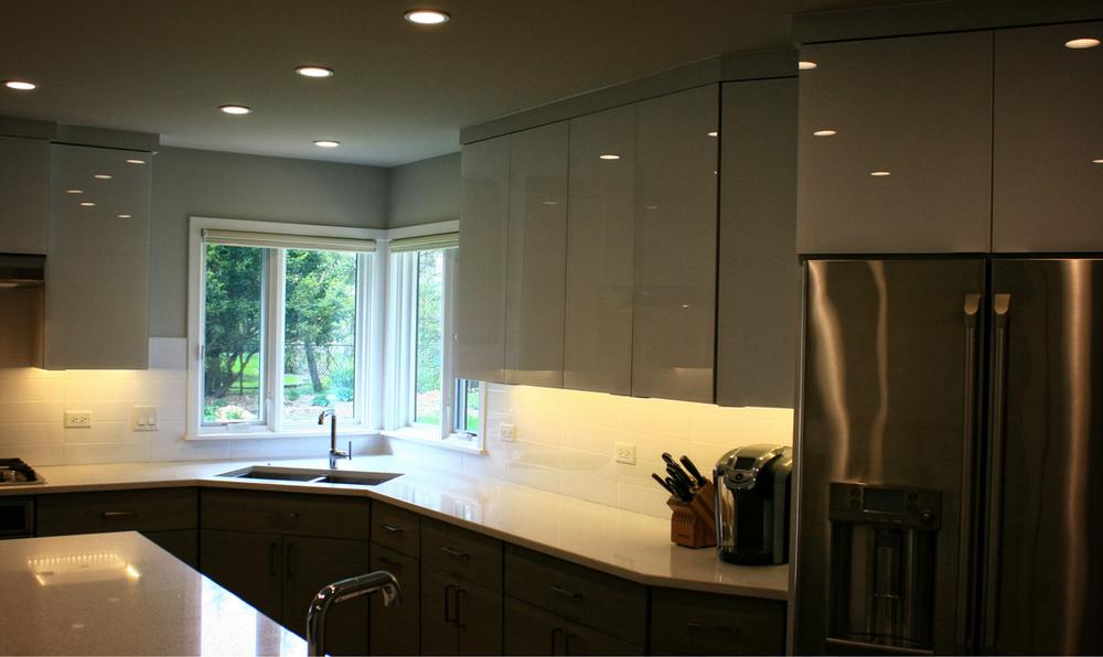midmod-kitchen3.jpg