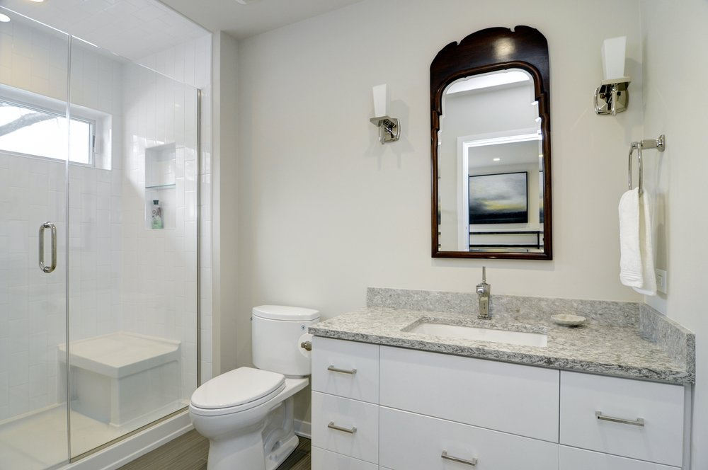 modern ranch bath 1.jpg