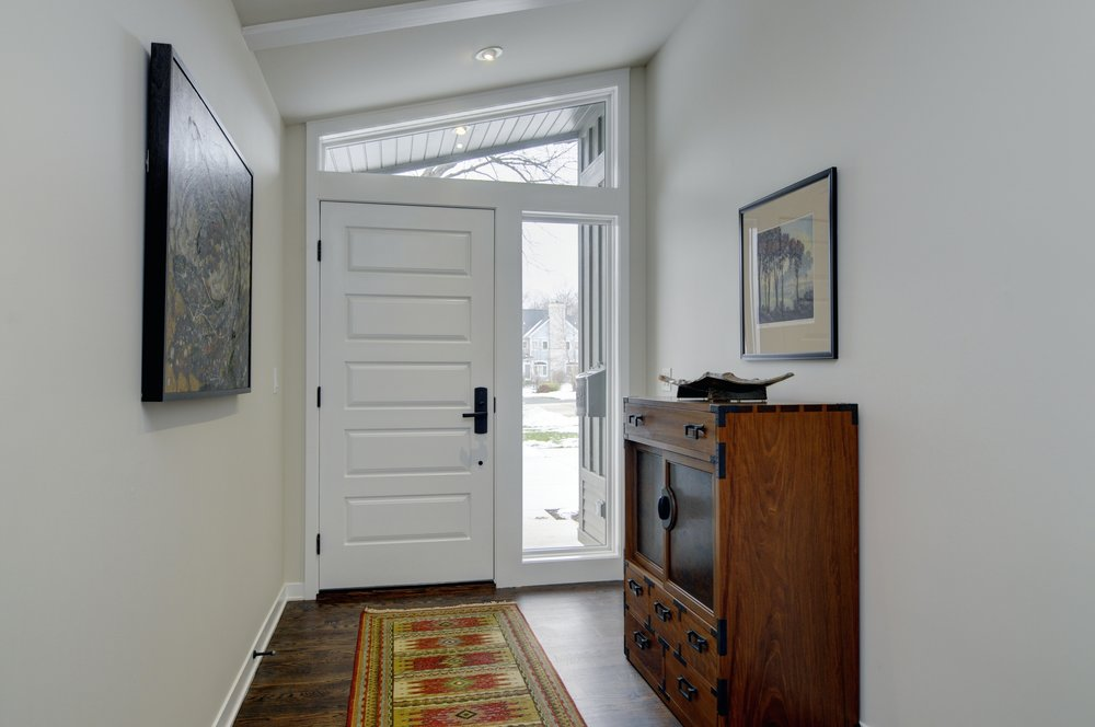 modern ranch entry interior.jpg
