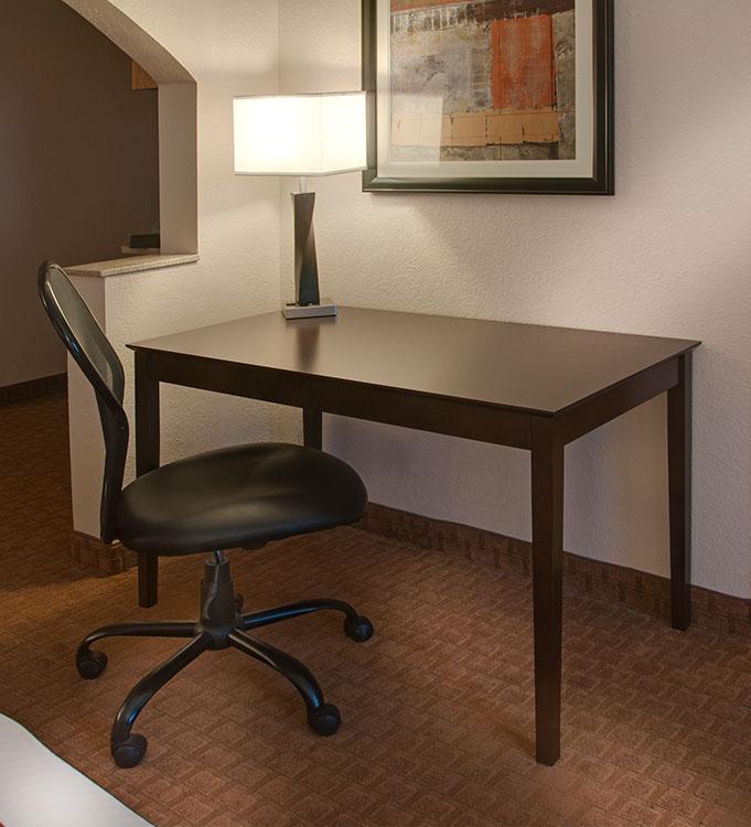 DB-B205D Desk