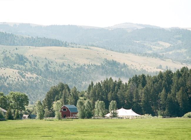 0002-montana-wedding.jpg