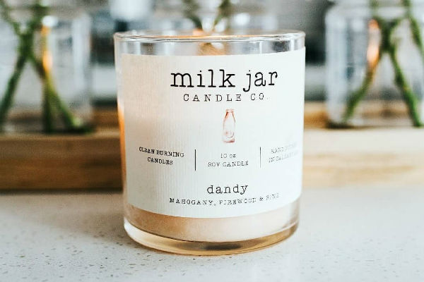 Milk Jar Candle Co. - A low flame and calming scent will surely do the trick to take the winter blues away. Warm up your home with Calgary-based Milk Jar Candle Co.Image: instagram.com/milkjarcandleco