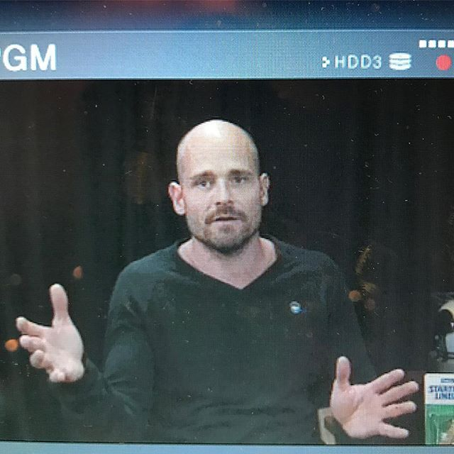 My serious conversation hand game 😂 great to be back in the studio with @wehosportsshow last night! • • • • • #personaltrainer #hollywood #weightloss #losangeles #fitness #bodybuilding #functionaltraining #naturalbodybuilding #body #fit #fitfam #fitness #gay #instagay #instagood #evolution #expansion #NewThought #loa #nasm #nasmcertified #balance #mindbody #instafit #nopainnogain #gym #gymlife #gymtime