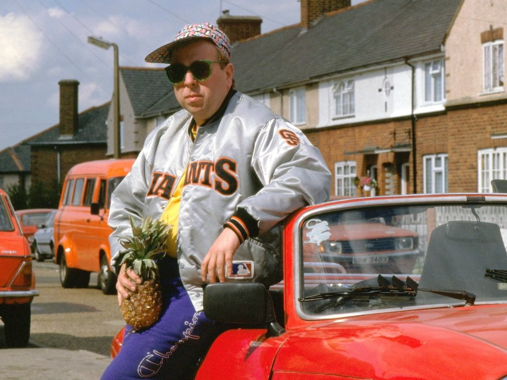 life-is-sweet-1990-003-timothy-spall-pineapple-car.jpg