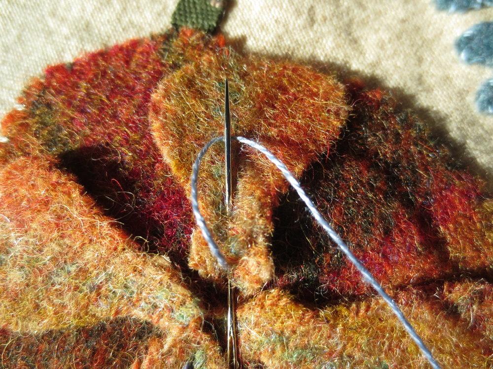 Chain stitch on flower D.jpg