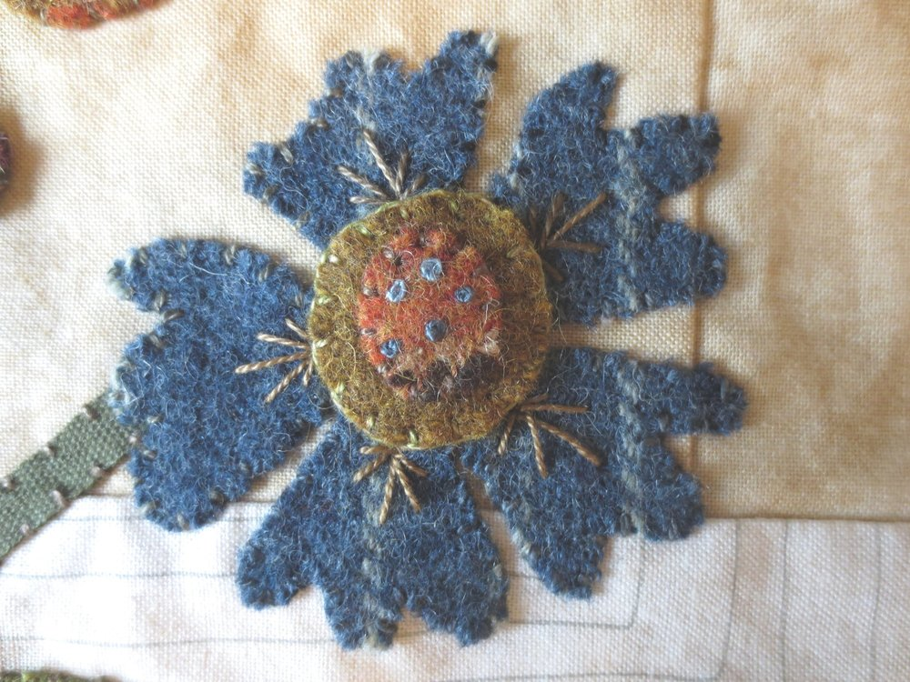 Fan stitch on flower3.jpg