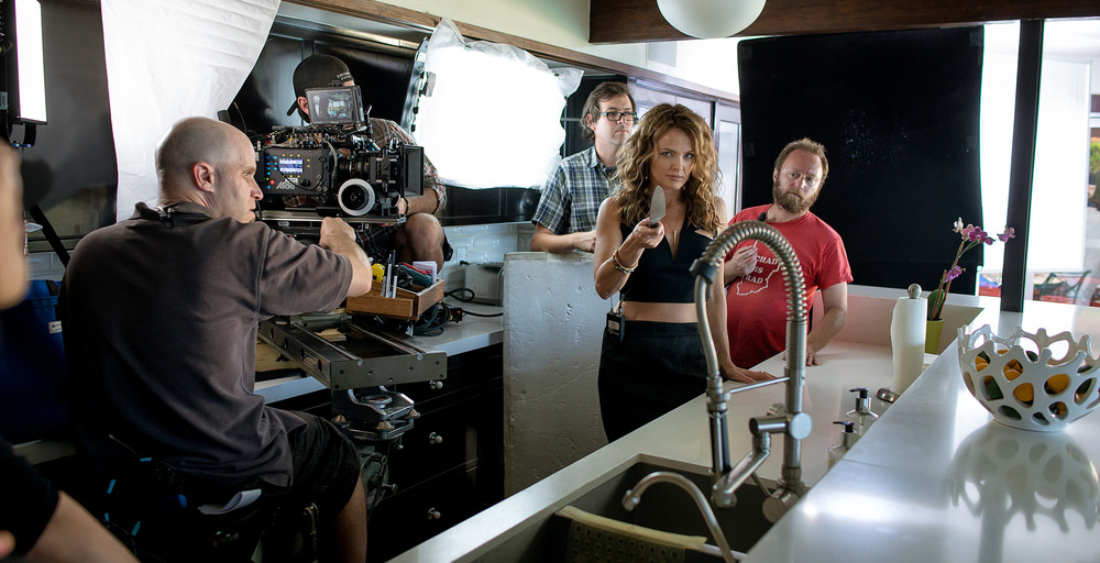 Dina Meyer on the set of Lethal Seduction
