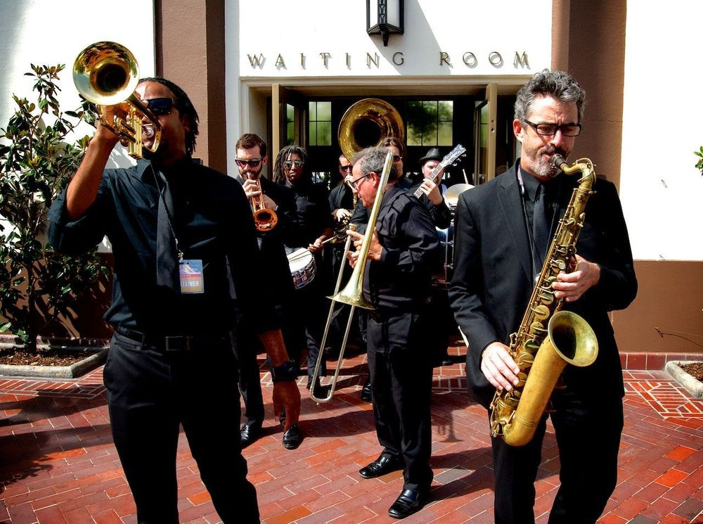 Mudbug Brass leads the Second Line to the Courtyard!