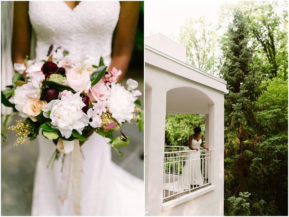 swan coach house bridal bouquet photo