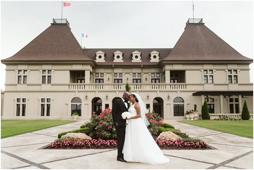 wedding day portraits at chateau elan winery