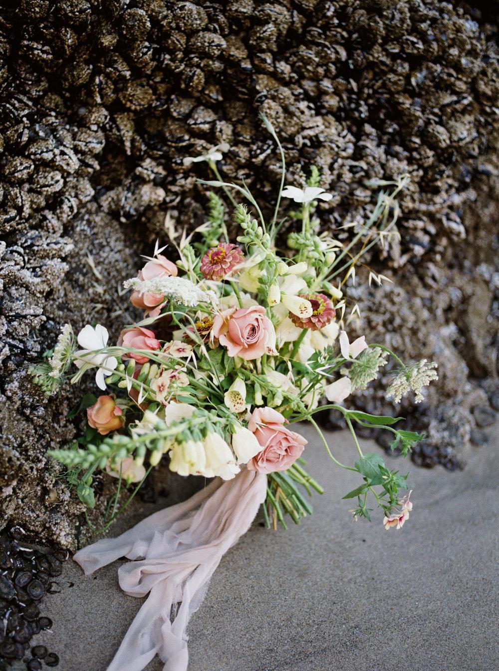 Oregon Coast Wedding with Rue Anafel