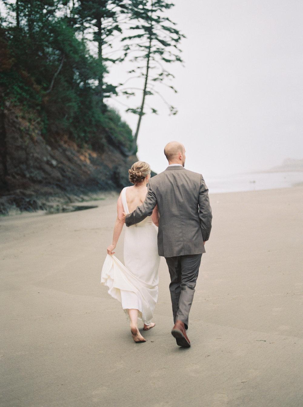 Oregon_Coast_Film_Wedding_Photographer.jpg