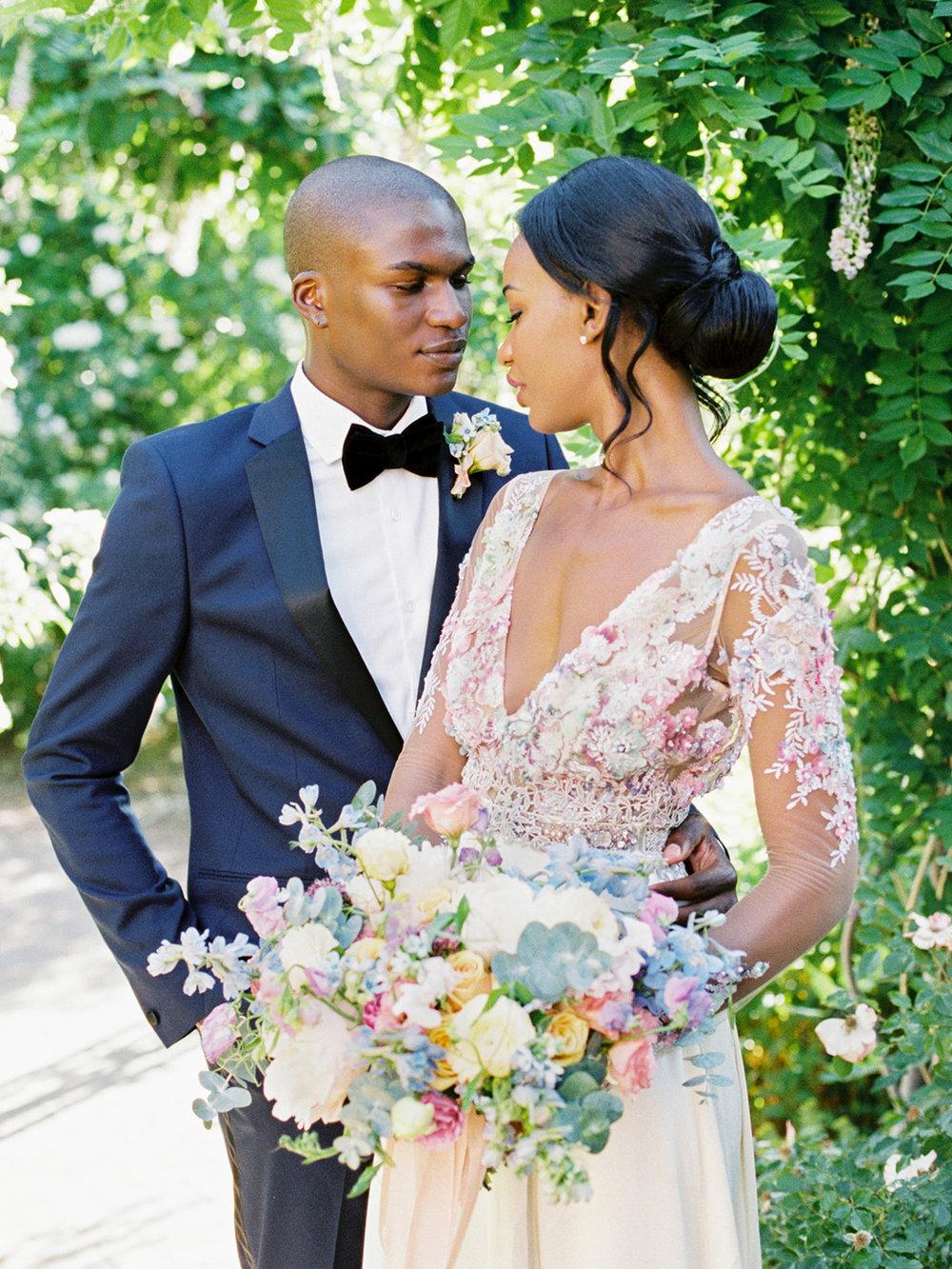 Tara Bielecki Photography - Denver Botanic Garden Wedding featured on Style Me Pretty