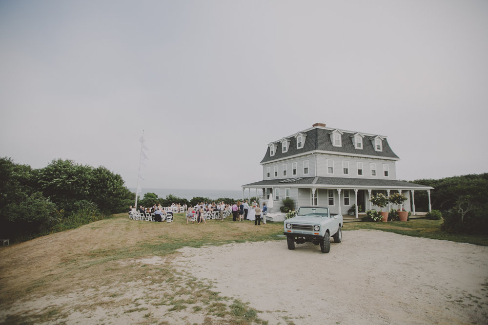 BLOCK_ISLAND_THE_CUSHAMAN_HOUSE__WEDDING_CHELLISE_MICHAEL_PHOTOGRAPHY510.JPG