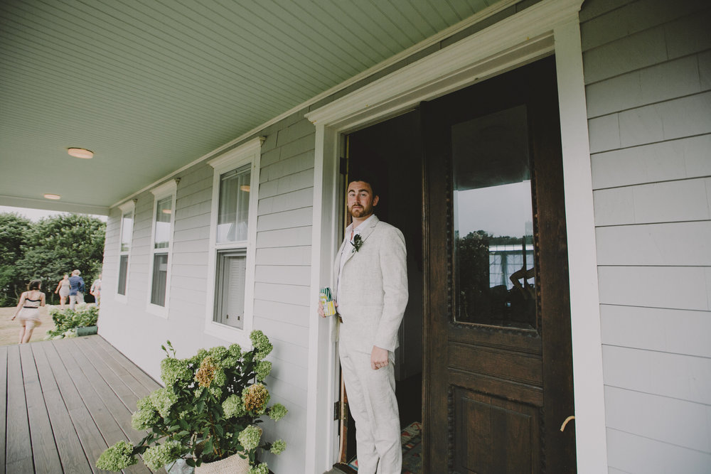 BLOCK_ISLAND_THE_CUSHAMAN_HOUSE__WEDDING_CHELLISE_MICHAEL_PHOTOGRAPHY511.JPG