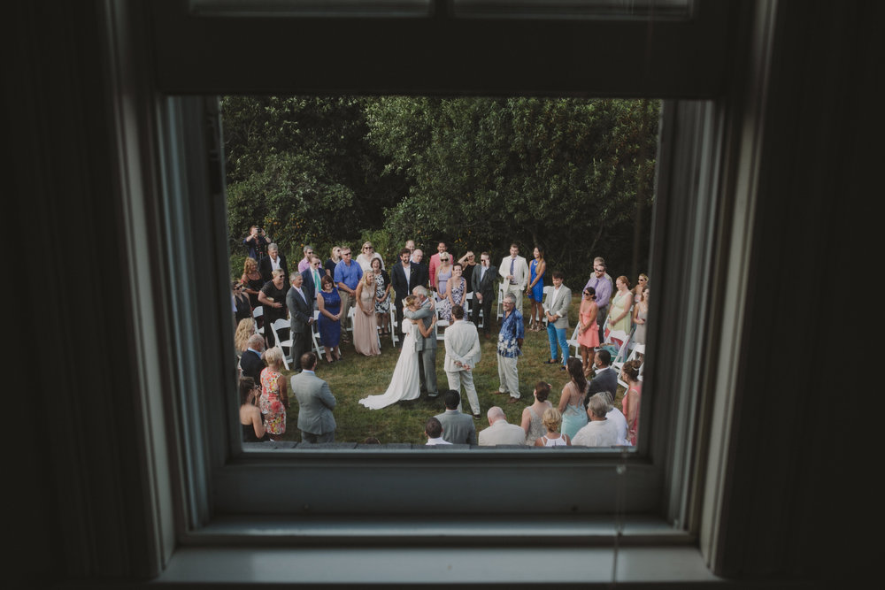 BLOCK_ISLAND_THE_CUSHAMAN_HOUSE__WEDDING_CHELLISE_MICHAEL_PHOTOGRAPHY520.JPG