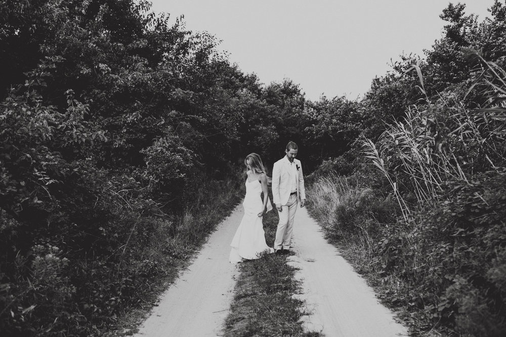 BLOCK_ISLAND_THE_CUSHAMAN_HOUSE__WEDDING_CHELLISE_MICHAEL_PHOTOGRAPHY559.JPG