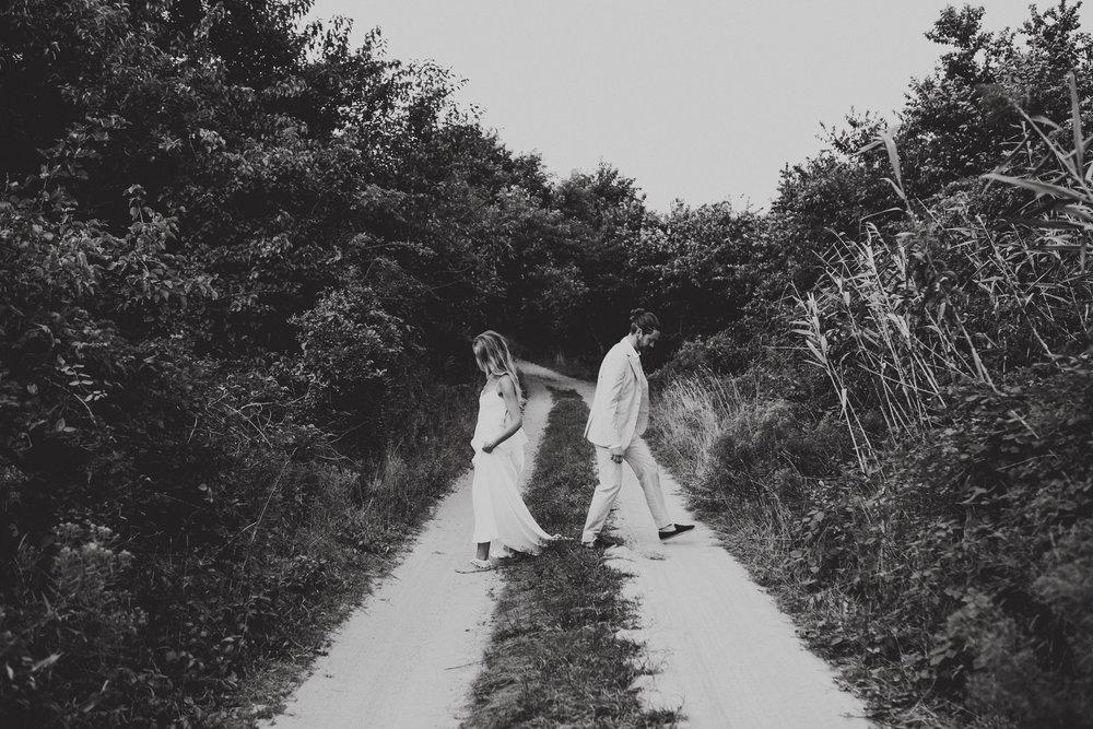 BLOCK_ISLAND_THE_CUSHAMAN_HOUSE__WEDDING_CHELLISE_MICHAEL_PHOTOGRAPHY560.JPG
