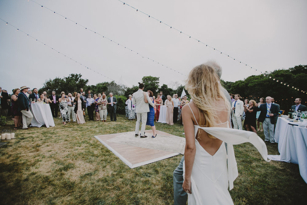 BLOCK_ISLAND_THE_CUSHAMAN_HOUSE__WEDDING_CHELLISE_MICHAEL_PHOTOGRAPHY626.JPG