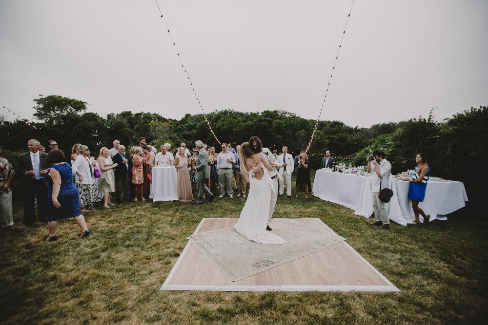 BLOCK_ISLAND_THE_CUSHAMAN_HOUSE__WEDDING_CHELLISE_MICHAEL_PHOTOGRAPHY628.JPG