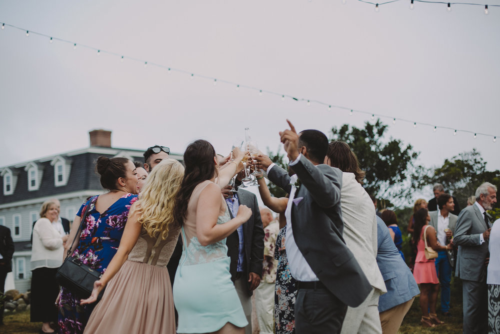 BLOCK_ISLAND_THE_CUSHAMAN_HOUSE__WEDDING_CHELLISE_MICHAEL_PHOTOGRAPHY630.JPG