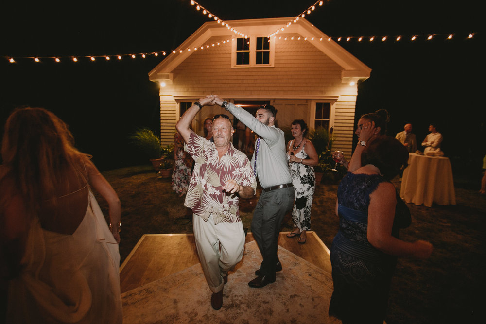 BLOCK_ISLAND_THE_CUSHAMAN_HOUSE__WEDDING_CHELLISE_MICHAEL_PHOTOGRAPHY653.JPG