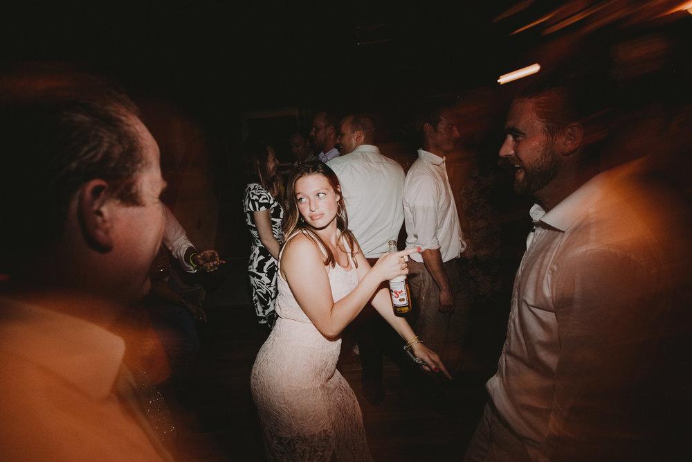 BLOCK_ISLAND_THE_CUSHAMAN_HOUSE__WEDDING_CHELLISE_MICHAEL_PHOTOGRAPHY692.JPG