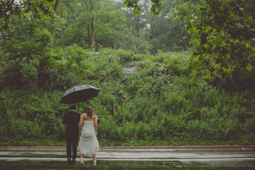Central_Park_Rainy_Wedding_NYC_E437lopement.JPG