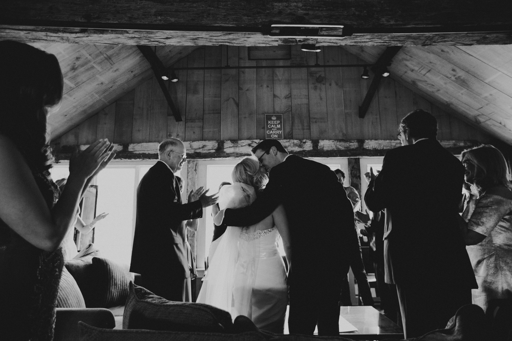 CROSSED KEYS INN  WEDDING PHOTOGRAPHY