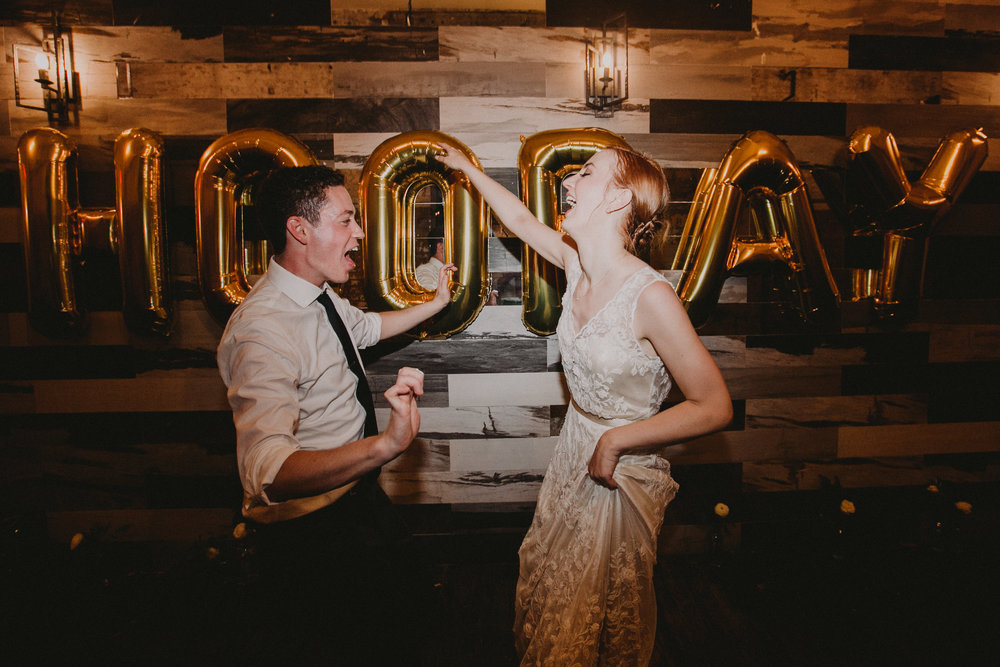 Brooklyn_Wedding_Photographer_Greenpoint_Loft-1167.jpg
