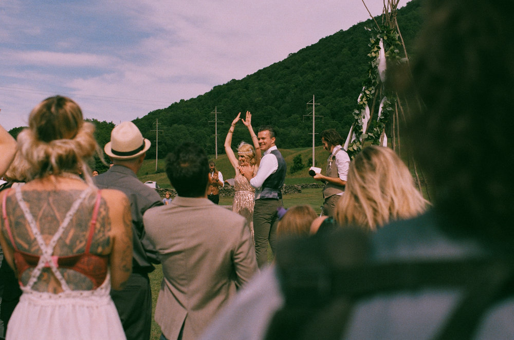 MAPLE_SHADE_FARM_FILM_WEDDING-222.jpg