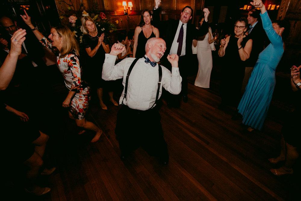 Tiger_House_The_Inn_at_Hudson-Wedding_Chellise_Michael_Photography-548.jpg