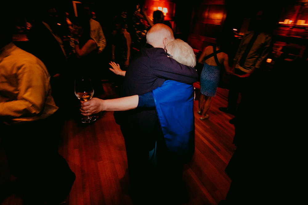 Tiger_House_The_Inn_at_Hudson-Wedding_Chellise_Michael_Photography-660.jpg