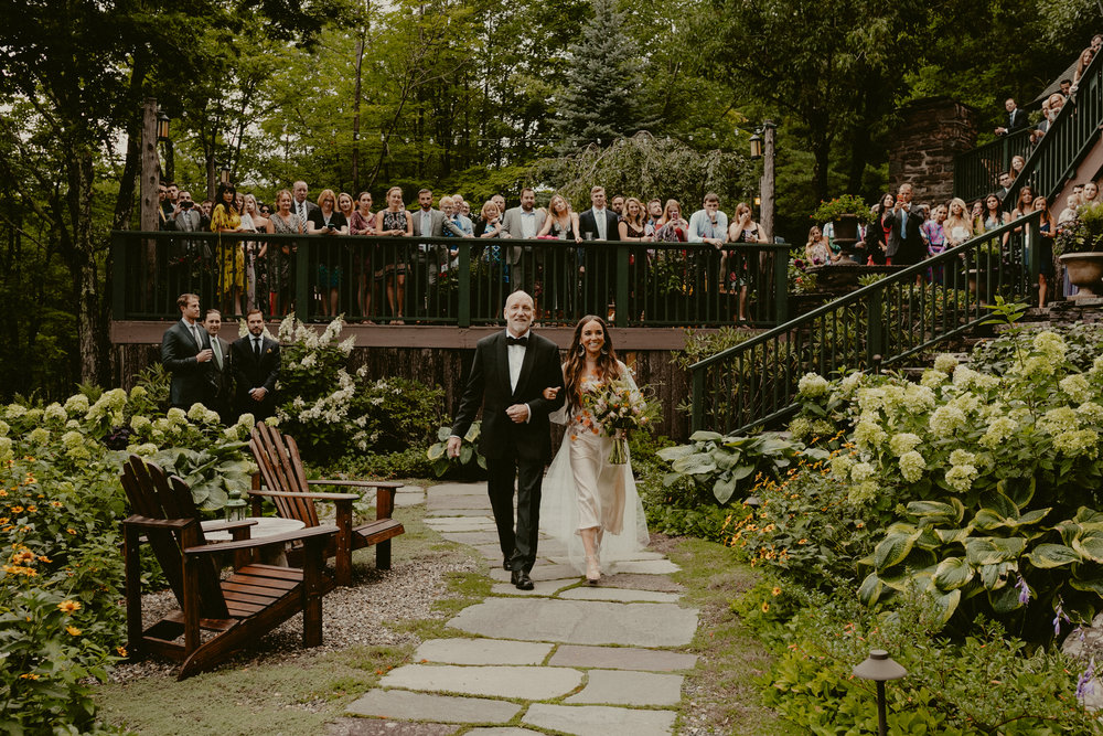 DEER_MOUNTAIN_INN_WEDDING_CHELLISE_MICHAEL_PHOTOGRAPHY-1348.jpg