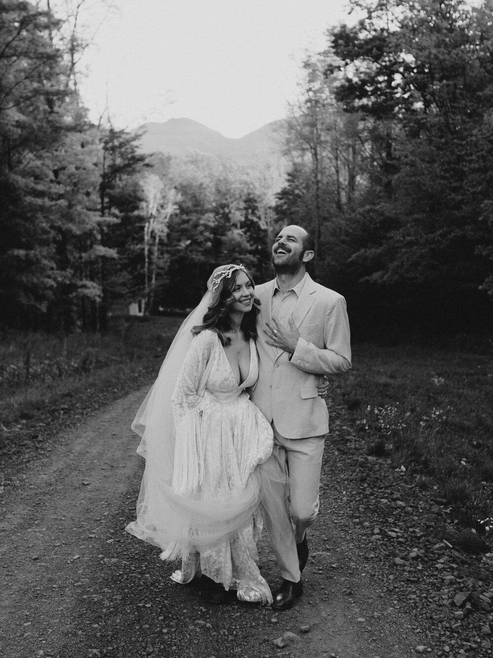 Deer_Mountain_Inn_Wedding_Chellise_Michael_Photography-3.jpg