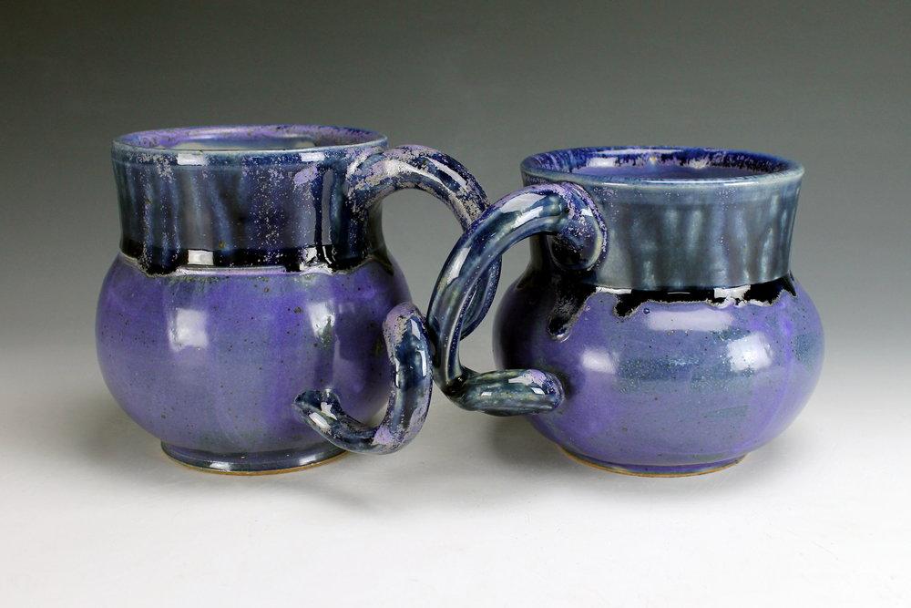 Mugs Holding Hands, 2017.