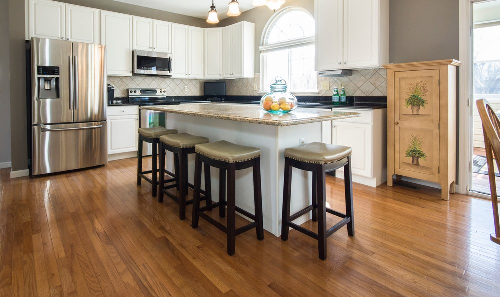 The benefits of hardwood flooring when placing your home on the market