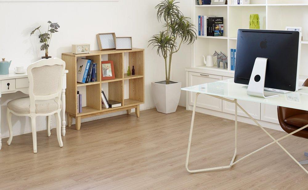 luxury vinyl planks vs hardwood flooring