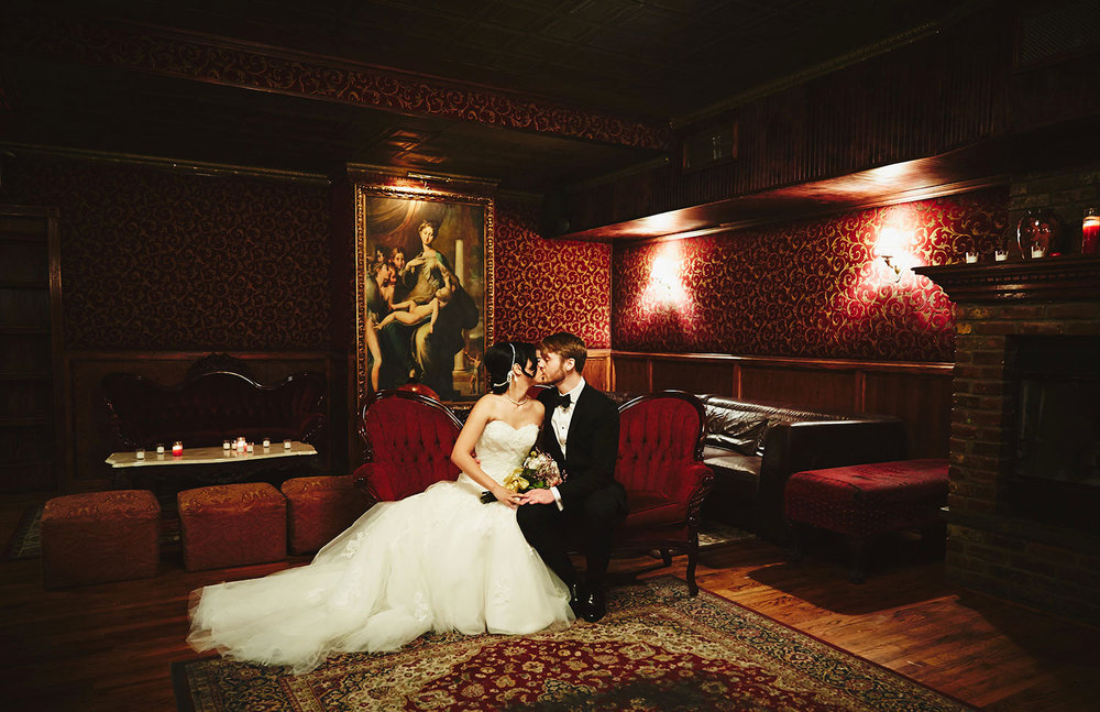 1510_A&JR_TheBackRoomBarWeddingNYC_By_BriJohnsonWeddings_0020.jpg