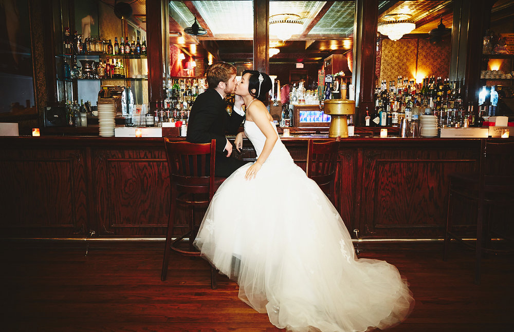 1510_A&JR_TheBackRoomBarWeddingNYC_By_BriJohnsonWeddings_0026.jpg